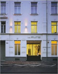 Did you know we have boutique hotels in Frankfurt? See details here! Do you know we do boutique hotels!   http://www.frankfurt-serviced-apartments.com/boutiques.php  #Frankfurt #Germany #BoutiqueHotels #Travel