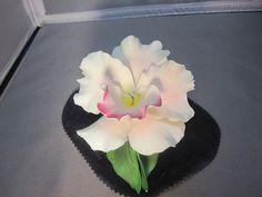 Capidomonte Flower by PoppyLesti on Etsy, $25.00