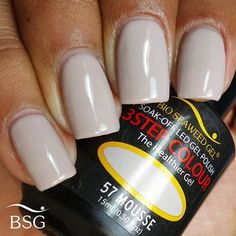 Bio Seaweed Gel - Mousse (whitish grey nude with brown undertone) - 3 step color graynails Grey Nail Polish, Gray Nails, Gel Polish, Bio Gel Nails, Toe Nails, Shellac Colors, Gel Color, Colour, Nail Envy