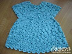 Robe bleue et ses grilles gratuites ! - Modèles pour Bébé au Crochet