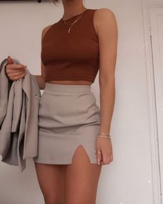 Glamouröse Outfits, Teen Fashion Outfits, Girly Outfits, Cute Casual Outfits, Skirt Outfits, Look Fashion, Pretty Outfits, Stylish Outfits, Fall Outfits