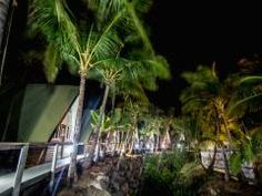 Base Backpackers Magnetic Island - right on the beach