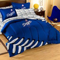Los Angeles Dodgers Comforter & Sham Set - MLB.com Shop , too bad its not in king :(