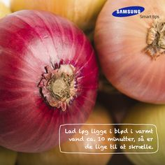 Lad løg ligge i blød i varmt vand ca. 10 minutter, så er de lige til at skrælle. Et smart tips fra det danske kokkelandslaget #SamsungSmartTips