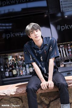 Naver x Dispatch has released new, summery photos from BTS's trip to Las Vegas. when BTS traveled to Las Vegas for the 2019 Billboard Music Awards. Seokjin, Kim Namjoon, Kim Taehyung, Jung Hoseok, Jimin, Bts Jin, Bts Bangtan Boy, Bts Boys, Billboard Music Awards