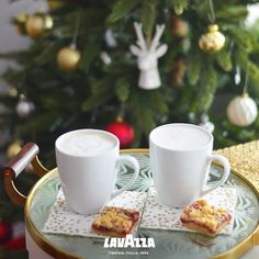 The New Lavazza Website: read all about the full range of coffees, espresso coffee machines and accessories. Lavazza, the coffee Italians choose. Espresso Coffee Machine, Consumer Products, Coffee Drinks, Fall Recipes, Favorite Recipes, Make It Yourself, Dishes, Curling, Tableware