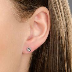 pandora earrings hurt my ears uk
