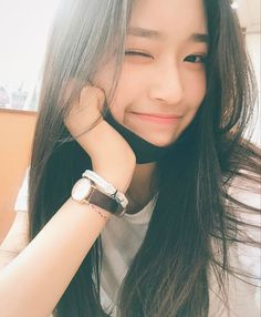 Find images and videos about girl and ulzzang on We Heart It - the app to get lost in what you love. Ulzzang Girl Selca, Ulzzang Korean Girl, Cute Korean Girl, Ulzzang Couple, Uzzlang Girl, Wattpad, Ulzzang Fashion, Asia Girl, Tumblr Girls