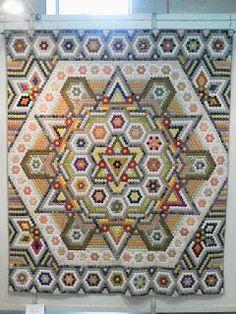 Beautiful hexagons Il Castello di Stoffa: esagoni, esagoni esagoni