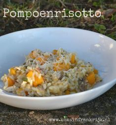 Risotto met pompoen, salie en kip Tapas, Pumpkin Recipes, Healthy Recipes, Healthy Food, Grains, Spaghetti, Rice, Pasta, Vegetables