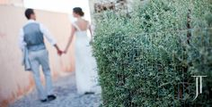 Oia - Santorini, Greece  #Greece #Santorini #wedding Jonathan Thrasher destination wedding photography