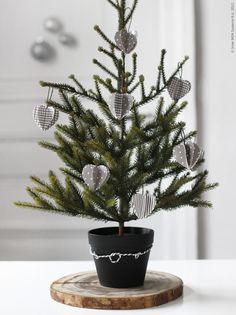 Four Ideas for Christmas Decoration in Grey // Четири идеи за коледна декорация в сиво | 79 Ideas
