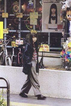 ソラニン Is this much of a look? At least the fabric would be cheap Japanese Streets, Japanese Street Fashion, Harajuku Fashion, Japan Fashion, Aesthetic Fashion, Aesthetic Clothes, Komatsu Nana, The Last Summer, Look Retro