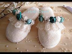Diy Shower, Boutique Design, Baby Shoes, Slippers, Diy Crafts, Sneakers, Wedding, Decor, Bathroom
