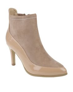 The nude trend seems to still be in full swing, so get yourself a pair of these gorgeousContrast Pointy Boots by Utopia and style it your way. Sporting a serviceable mid-low heel with contrast mock suede and patent leather uppers, these boots will have you looking classy this winter. Team them with a cream cashmere sweater and light denims to finish your look.
