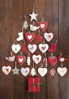Maak zelf een kerstboom op de muur.