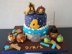 Angry Birds Star Wars - by Alexsandra Caldeira @ CakesDecor.com - cake decorating website