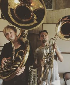 Dom and Matt giving all they've got! Brass for a future single? yay!