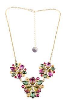 Distinctive Flower Bib Necklace