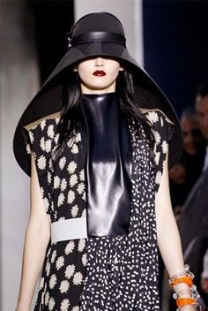 Hats are back in trend and hitting the fashion scene! Whether oversized floppy toppers, berets, tight military chapeaus, cowboy hat trilbies, cloches and caps, there's something for everyone.
