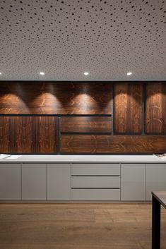 hechenblaickner - Möbelbau Breitenthaler, Tischlerei Credenza, Garage Doors, Cabinet, Storage, Outdoor Decor, Furniture, Home Decor, Open Entryway, Carpentry