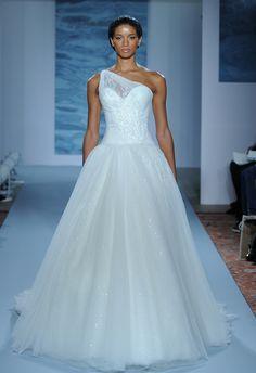 Mark Zunino Wedding Dresses Fall 2015 | Maria Valentino/MCV Photo
