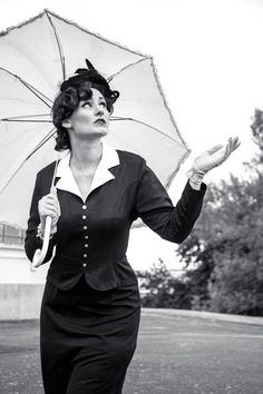 Model: Rosina Lee HMU and Styling by The Sweet Painted Lady / Rosina Lee. Images by Ryan's Daughter Photography / 50s Glamour, Woman Painting, Goth, Daughter, Photoshoot, Lady, My Style, Classic, Model