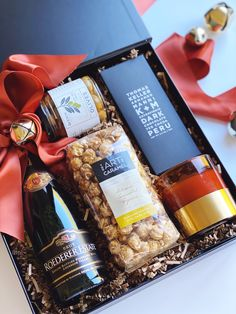 Poppins and Post specializes in Curated Gift Boxes, Wedding, Client, and Corporate Gifts. In addition we offer Handcrafted Baked Goods. Corporate Christmas Gifts, Christmas Food Gifts, Christmas Hamper, Holiday Gifts, Wine Gift Boxes, Wine Gift Baskets, Wine Gifts, Wine Presents, Corporate Gift Baskets
