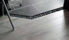 Oda zemin dekorasyon geçişinde minik taş döşeme modeli | Kadınca Fikir - Kadınca Fikir Tile Floor, Flooring, Texture, Crafts, Surface Finish, Manualidades, Tile Flooring, Wood Flooring, Handmade Crafts