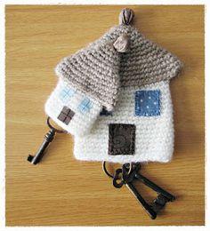 llaveros crochet ༺✿ƬⱤღ✿༻