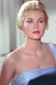 710 Best Sirens Images Bond Girls Hollywood Glamour James Bond