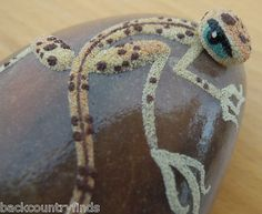 Lizard painted rock
