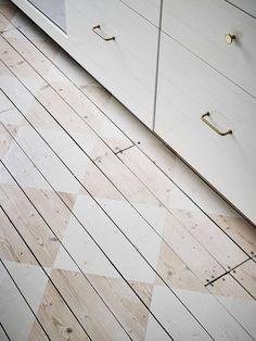 floor. Floor Ceiling, Bohemian House, House Rooms, Painted Wooden Floors, Wooden Flooring, Wood Floor Kitchen, Kitchen Flooring, Kitchen Furniture, Checkerboard Floor