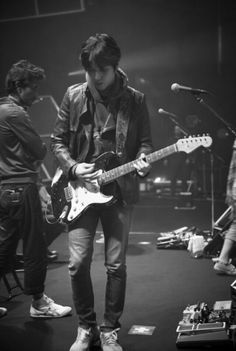 Cnblue YH captured by JS
