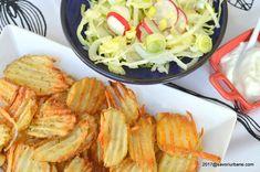 Cartofi cu parmezan si rozmarin la cuptor. Acesti cartofi la cuptor se prepara dupa o reteta simpla. Cartofi prajiti in cuptor, presarati cu parmezan, Parmezan, Shrimp, Cabbage, Meat, Vegetables, Recipes, Food, Potato, Essen