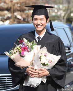 Park Bo Gum Graduates From Myongji University | Soompi