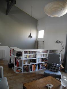 Bibliothèque © Aurore Perreaud - Décoration Création d'une bibliothèque / rambarde d'escalier.