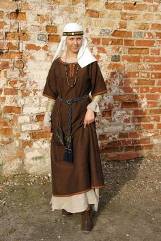 "Archaeological reconstruction of a Selonian tribe female costume (IX-XII century, Viking Period or Late Iron Age). Author of the reconstruction is archaeologist PhD Daiva Steponavičienė from PI ""Vita Antiqua"", Vilnius, Lithuania.   https://www.facebook.com/VitaAntiqua"