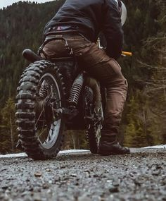 Untitled - Ride and Roll - Motos Cafe Racer Bikes, Cafe Racer Motorcycle, Motorcycle Style, Motorcycle Outfit, Tracker Motorcycle, Motorcycle Camping, Motorcycle Jackets, Motorcycle Helmets, Vespa
