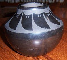 "FLORA NARANJO SANTA CLARA Vtg Carved Blackware Vase Jar Pot -3.75""x 4.5""- RARE-"
