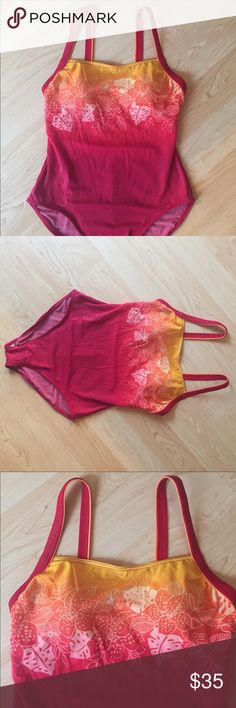 Gorgeous ombré red orange + yellow Body I.D / 14 Vintage Body iD size 14 one piece with Hawaiian flowers! Gorgeous! Urban Outfitters Swim One Pieces