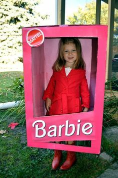 35 creative diy halloween costumes from cardboard boxes pinterest do it yourself barbie valentine box solutioingenieria Images
