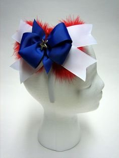 Looking for creative & unique hair bows? Make stylish & gorgeous patriotic hair bow for Memorial Day Using Bowdabra's hair bow making tutorial, bow wire, Mini Bowdabra tool & ribbons. Blue Hair Bows, Hair Ribbons, Diy Hair Bows, Bow Making Tutorials, Making Ideas, How To Make Firecrackers, Unique Hair Bows, Homemade Bows, Hair Bow Tutorial