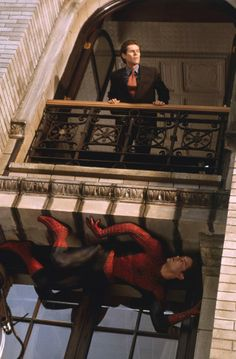 Willem Dafoe as Norman Osborn and Tobey Maguire as Spider-Man.