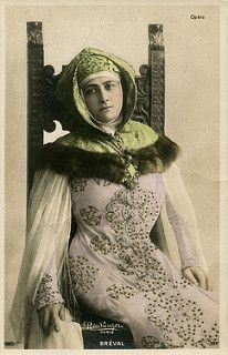 A S.I.P. postcard of the soprano Lucienne Bréval featuring a photograph by Reutlinger of Paris of her in the role of Griselda in the 1901 world première of Massenet's opera Grisélidis - which took place at the Opéra-Comique in Paris on 20th Nov 1901.