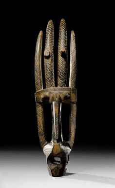 Bamana ci-wara TOWER MASK Mali. H 43.5 cm.