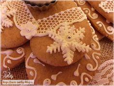 gingerbread Gingerbread Cookies, Desserts, Food, Gingerbread Cupcakes, Tailgate Desserts, Deserts, Essen, Postres, Meals