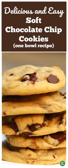 Easy soft chocolate chip cookie recipe from scratch and using one bowl. These homemade cookies with melting chocolate chips and soft cookie base are amazing. Easy Soft Chocolate Chip Cookie Recipe, Cookie Base Recipe, Cookie Recipes From Scratch, Melting Chocolate Chips, Chocolate Chip Recipes, Cookie Desserts, Just Desserts, Dessert Recipes, Cookie Calories