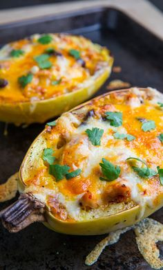 Chicken Enchilada Stuffed Spaghetti Squash Recipe. pinning for later