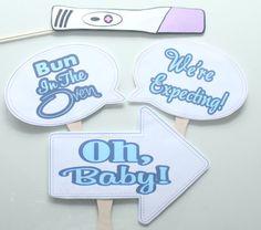 4 pc Pregnancy Announcement Photography by ThePartyGirlStudio